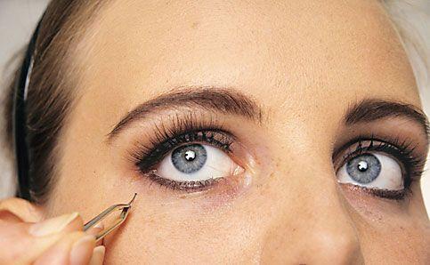 Abend Make up künstliche wimpern kleben 10