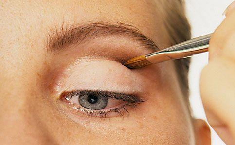 Augen schminken anleitung 3