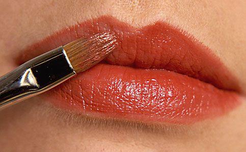 Anleitung Lippen schminken 7