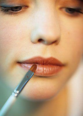 natürliches Make-up Lippen schminken anleitung 1