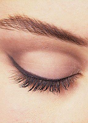 Tages Make up 8