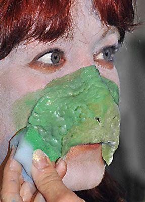 Reptil schminken 7