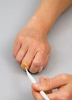 Wunde Finger schminken 9