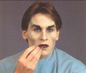 Halloween-vampir-schminken-mann-3