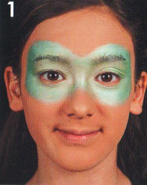 Schminkanleitung Blumen Maske schminken 1
