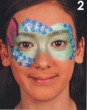 Schminkanleitung Blumen Maske schminken 2